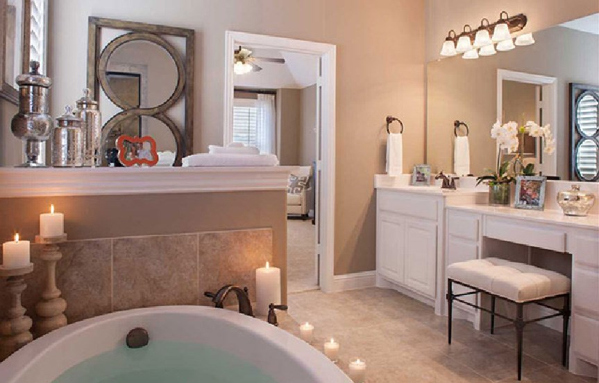 Canyon Falls Highland Homes Plan 245 Owner's Bath