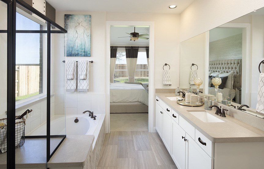 Canyon Falls Meritage Homes Cedar Master Bath