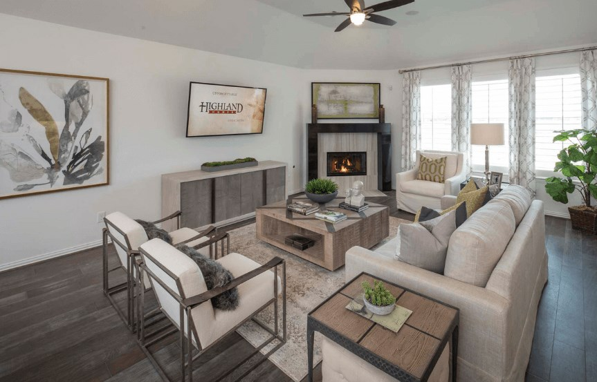 Highland Homes Plan 200 Living Room in Canyon Falls