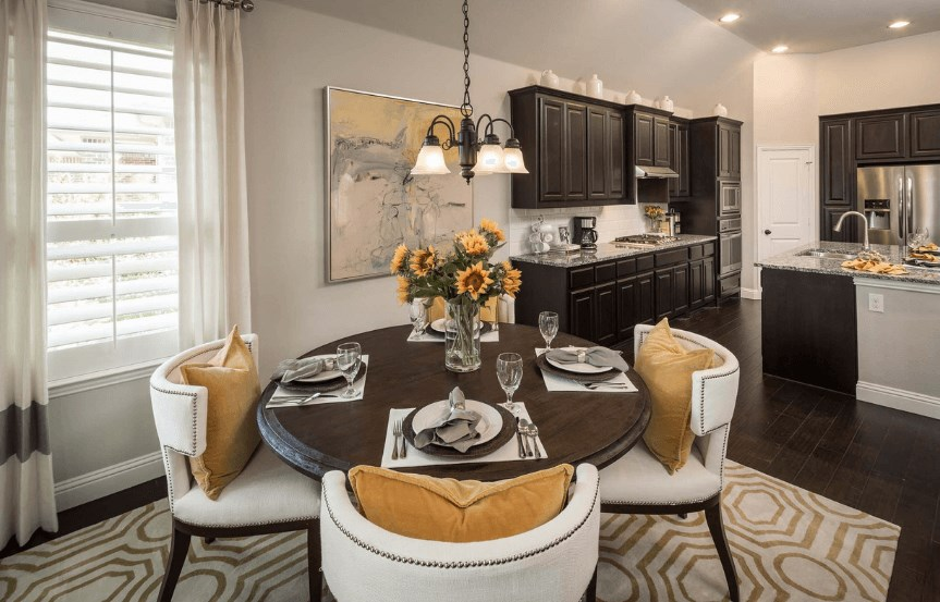 Highland Homes Plan 204 Breakfast in Canyon Falls