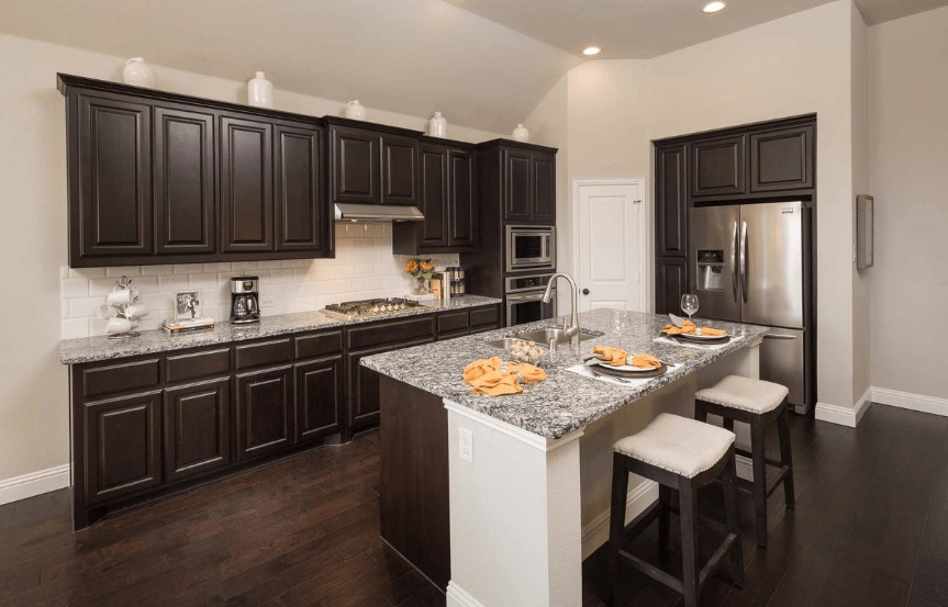 Highland Homes Plan 204 Kitchen in Canyon Falls