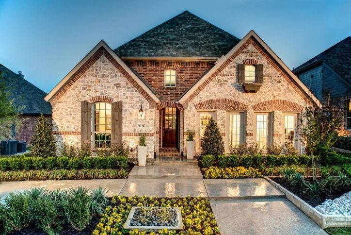 American Legend Plan 1521 model home | Canyon Falls, TX
