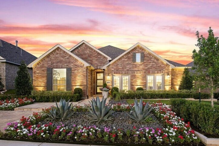 American Legend Homes model home in Canyon Falls, TX